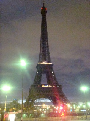 Eiffel Tower at nigth